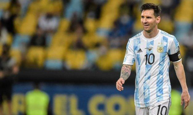 PSG coach Pochettino confirms talks with Messi