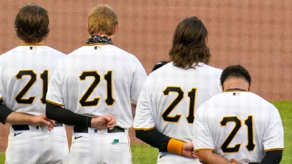 MLB to allow more to wear Clemente's No. 21