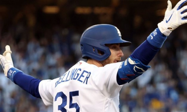 Bellinger 3-run blast reignites champion Dodgers