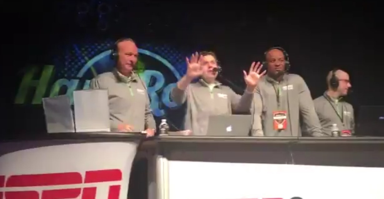 Cleveland Radio Host to Eat Poop after the Browns Drafted Baker Mayfield