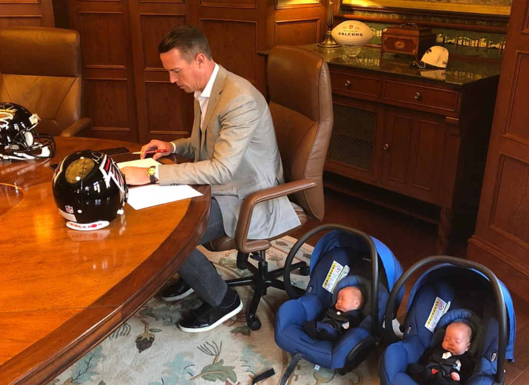 Matt Ryan Brought His Twins With Him To Sign His 169 Million Extension Sports Gossip