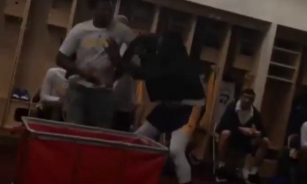 Draymond Green Trying to Toss Nick Young in a Hamper