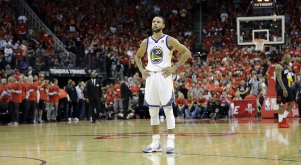 quality design f48ff d3b1e Steph Curry Calls in the Dog Trainers - Sports Gossip
