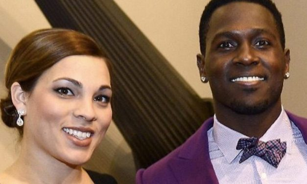 Antonio Brown Sends out PSA to his Baby Momma Chelsie Kyriss