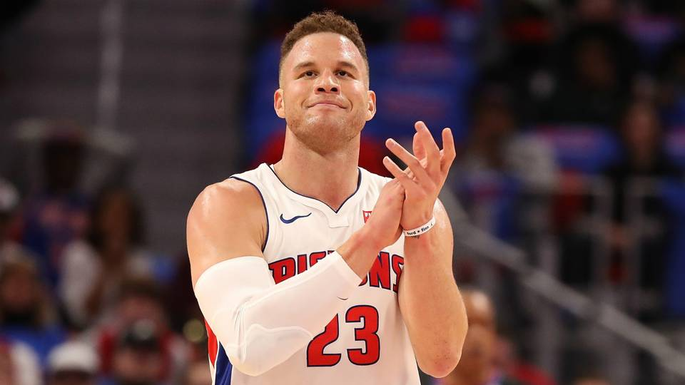 Blake Griffin Out With His Mystery Blonde Again