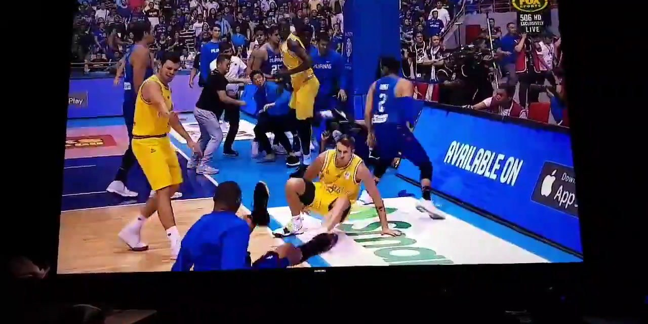 Australia vs Philippines basketball game erupts into huge brawl