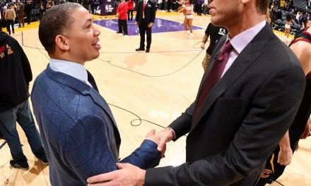 Luke Walton and Tyronn Lue to Have Dinner to  Talk LeBron