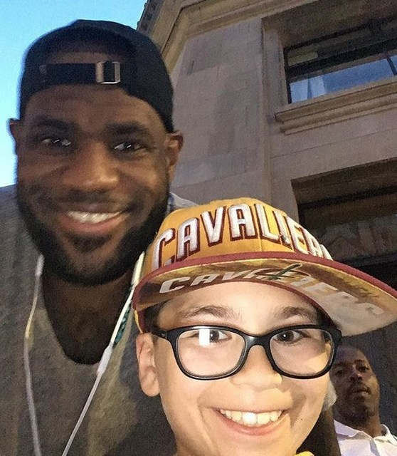 LeBron James Emotional Moment With A Young Fan Leaving Him Speechless