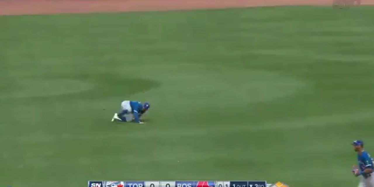Kevin Pillar Turned an Insane Diving Catch into a Double Play