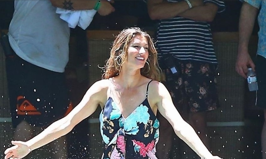 Tom Brady Watches Gisele Work For a Costa Rica Photo Shoot
