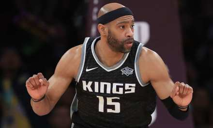 Vince Carter Signs a One Year Deal with the Hawks