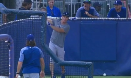 Braves' Broadcaster Unhappy with Dodgers Batting Practice Attire
