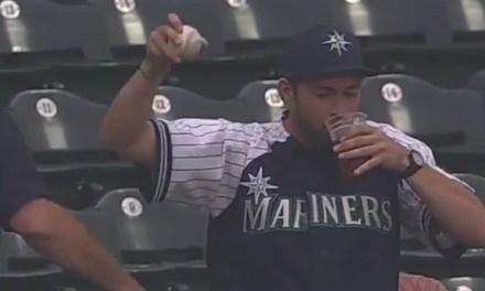 Mariners Fan Snagged a Foul Ball Barehanded and Didn't Spill a Drop of His Beer