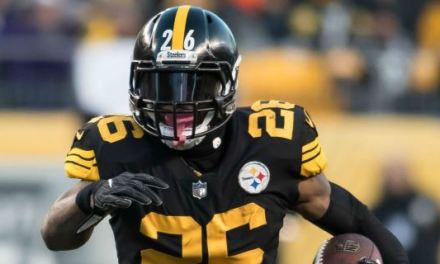 Le'Veon Bell Will Return to the Steelers on Labor Day