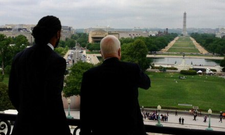 Larry Fitzgerald to Serve at John McCain's Memorial