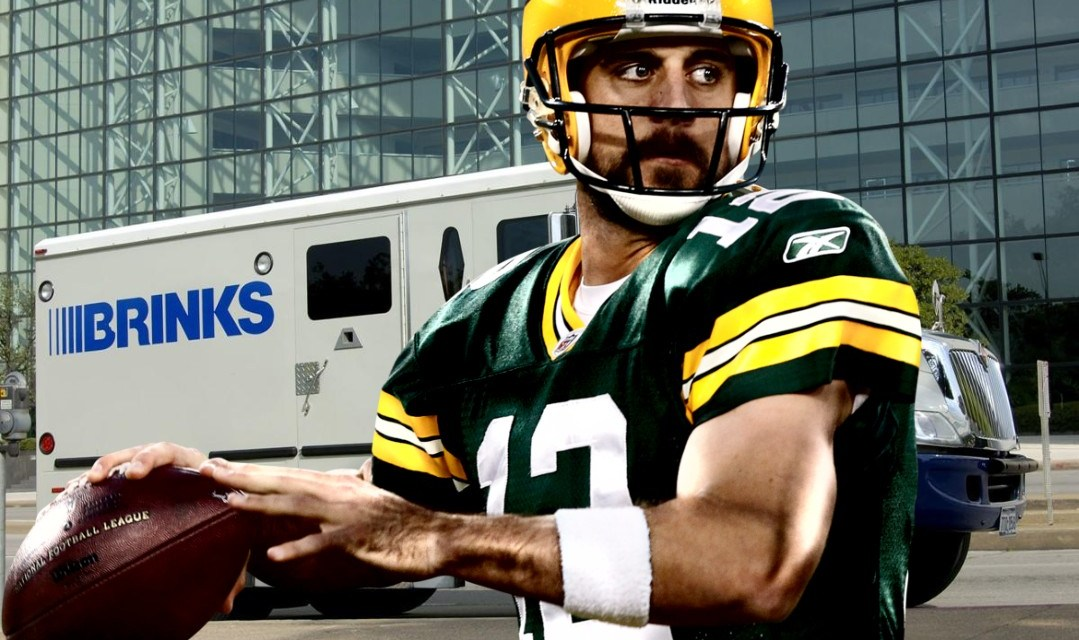 Aaron Rodgers Agrees to 4-year $134M extension