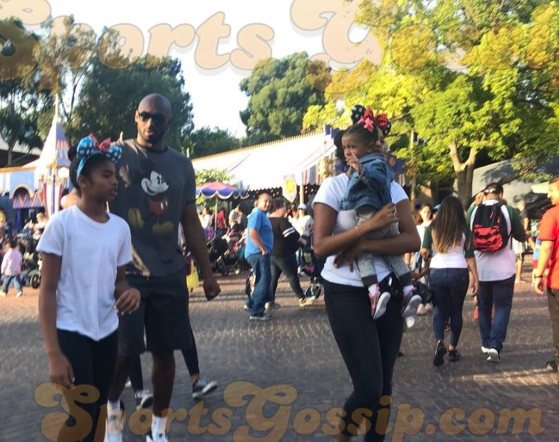 Kobe Bryant and Family Return to Disneyland