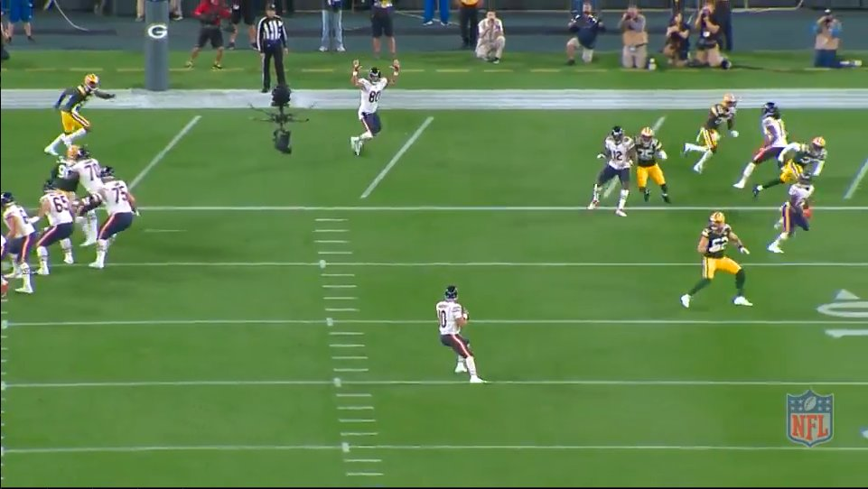 This Picture Showing a Wide Open Trey Burton in the End Zone Will Make Bears Fans Sick