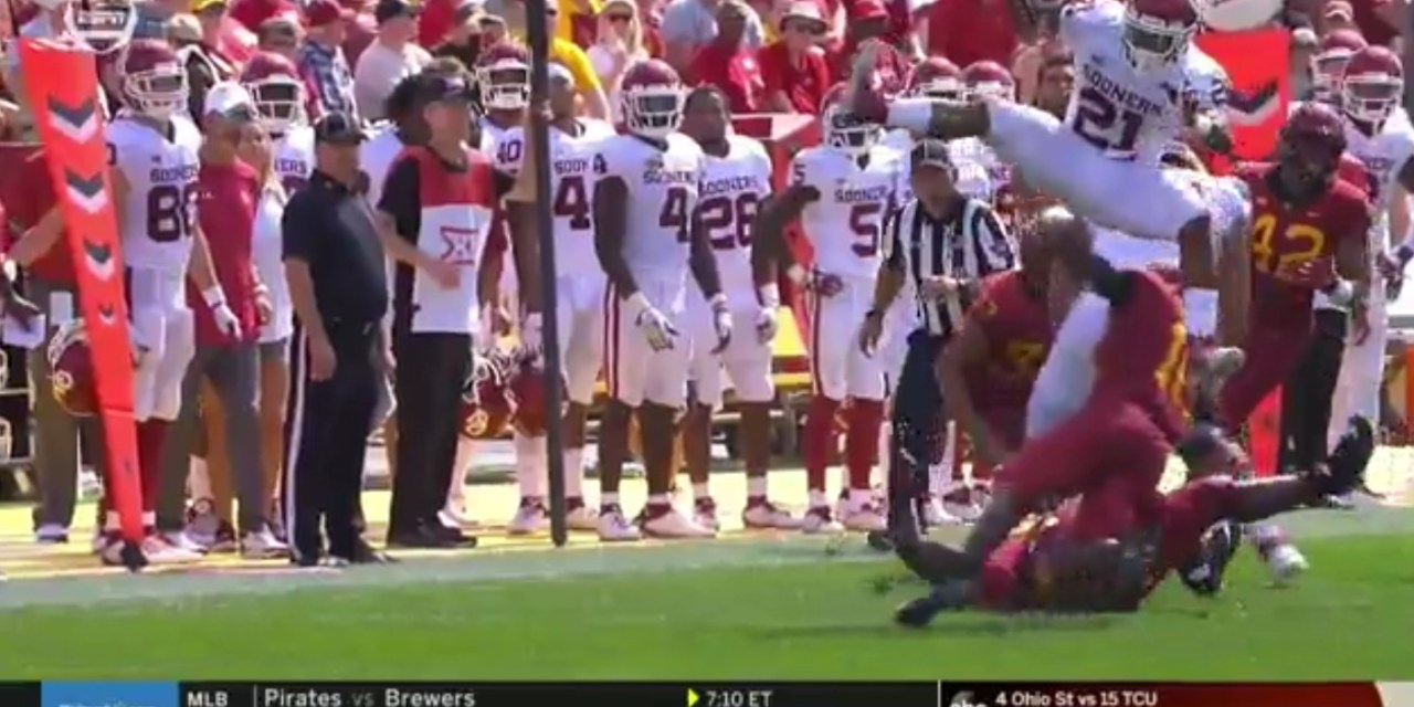 Oklahoma Running Back Hurdled Defender on His Way to a First Down