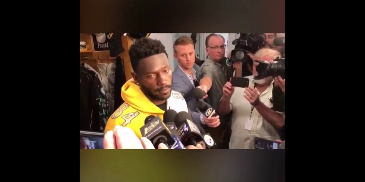 Antonio Brown Says He Told Mike Tomlin He Wasn't Showing up on Monday