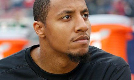 Anthem Protestor Eric Reid Gets Signed by the Panthers