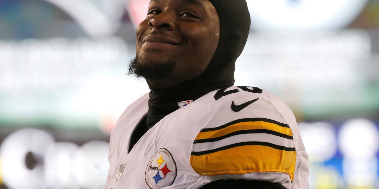 No Sign of Le'Veon Bell at the Steelers Facility on Monday Morning