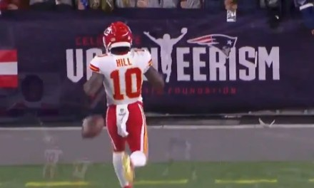 Patriots Ban Fan Who Threw Beer on Tyreek Hill's Face