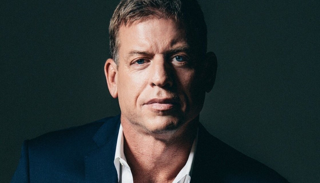 Troy Aikman Does Not Listen to Podcasts