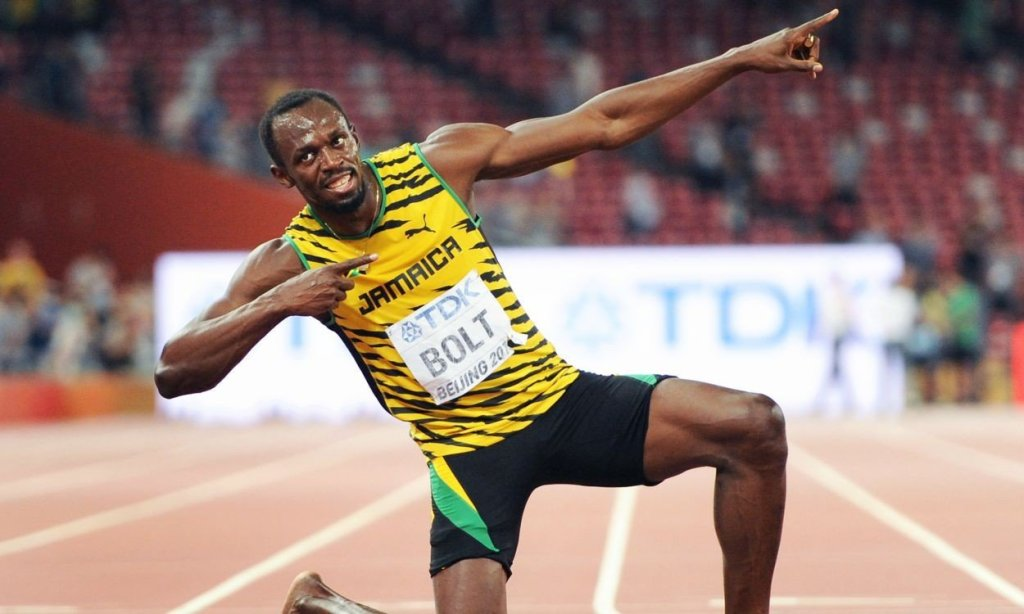 Usain Bolt Parties with Two Women in Melbourne