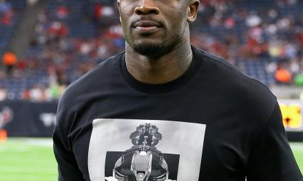 Former Texans Wide Receiver Andre Johnson Confronts Heckler In Houston Bar