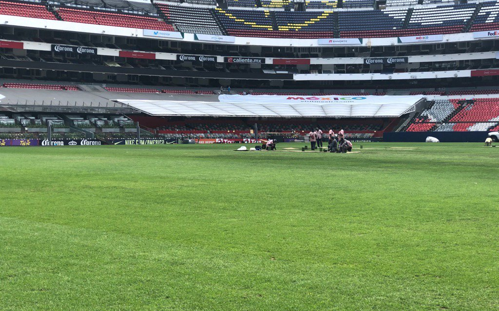 NFL Moves Chiefs-Rams from Mexico City to L.A.