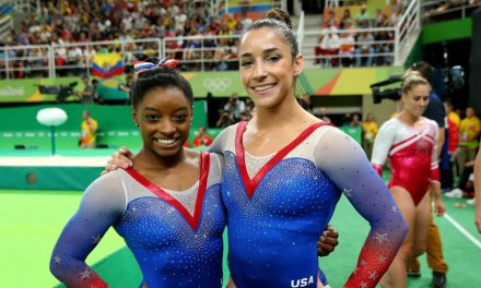 Aly Raisman Shows Support for Simone Biles