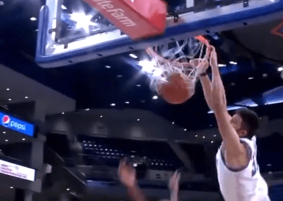DePaul's Max Strus Put His Defender on a Poster and Made the DePaul Bench Go Completely Insane