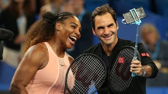 Roger Federer Wins Battle of All Time Greats vs Serena Williams