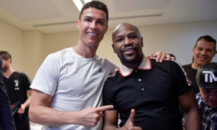 Floyd Mayweather Celebrates with Cristiano Ronaldo in Saudi Arabia