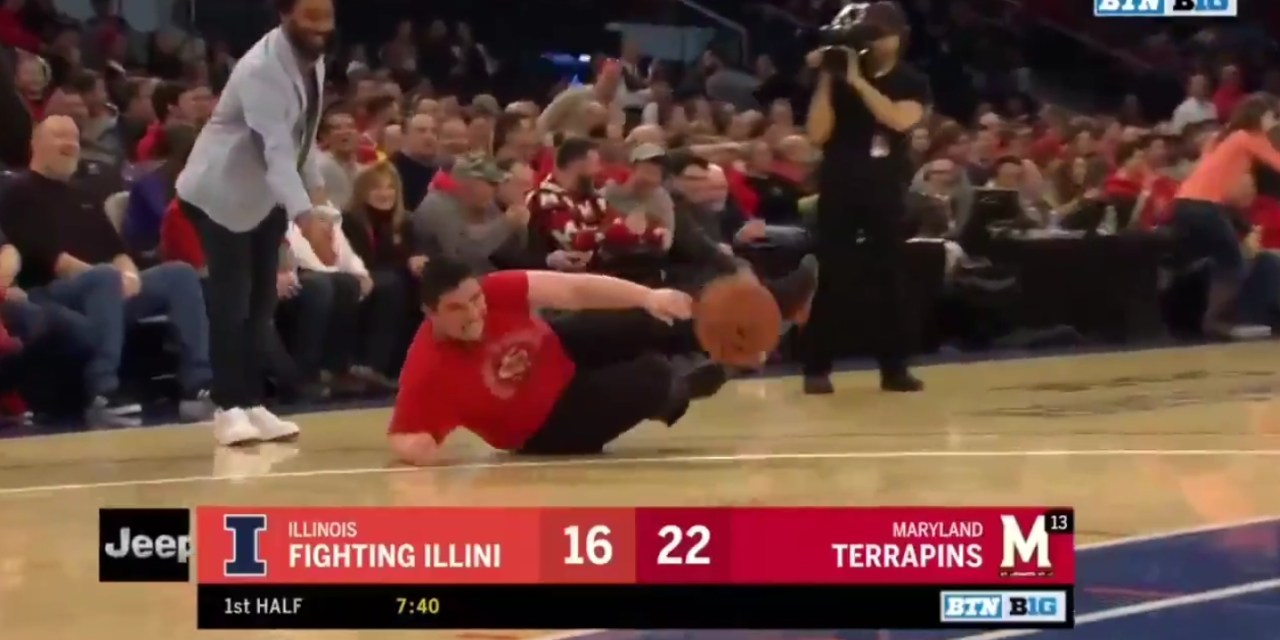 This Dizzy Bat Layup Challenge at the Illinois-Maryland Game Couldn't Have a Better Ending