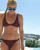 Lindsey-Vonn-bikini-pics_MTYxNjk1OTA4OTczNTg1NzEw