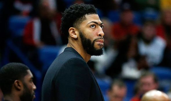 Anthony Davis Likes an Instagram Comment Detailing the Lakers Final Offer