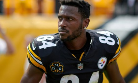 Police Report Says Antonio Brown Pushed His Baby Momma Down after She Asked Him for Money