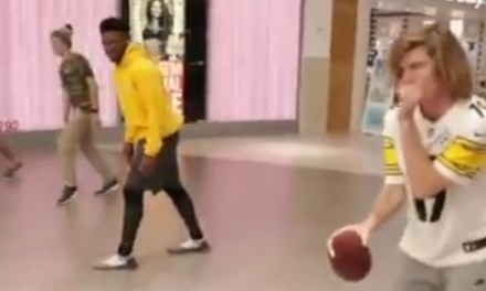 JuJu Smith-Schuster Ran Routes in a Mall with Fans