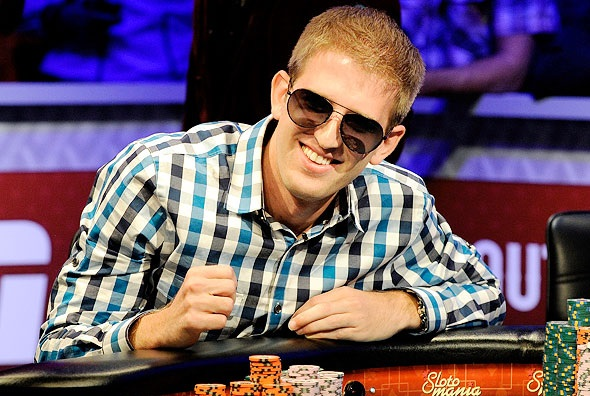 Top 3 Reasons Why Playing Poker is Good for You