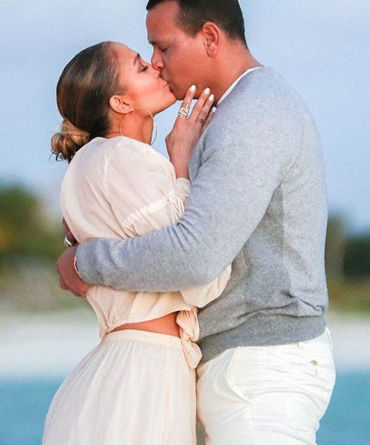 Jennifer Lopez Just Shared Photos of A-Rod's Proposal