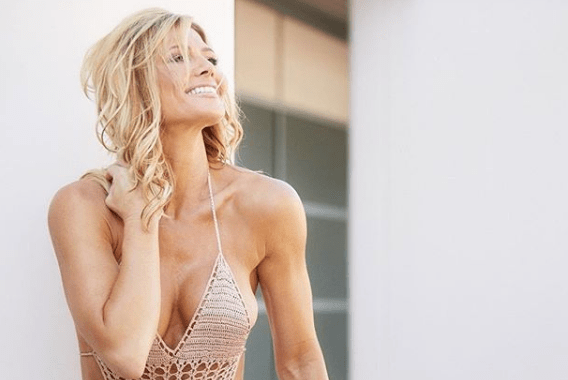Photos – The Torrie Wilson Story – Sports India Show