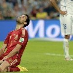 Chile defeat defending champions Spain 2-0