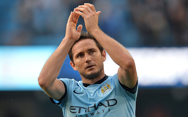 Manchester City extends Frank Lampard's contract