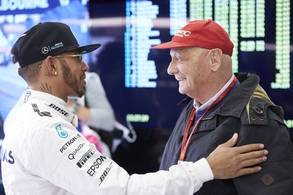 Niki Lauda retracts his statement against Lewis Hamilton