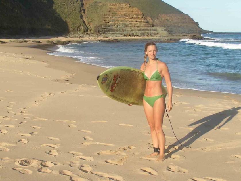 Jo-Gunston-surfing
