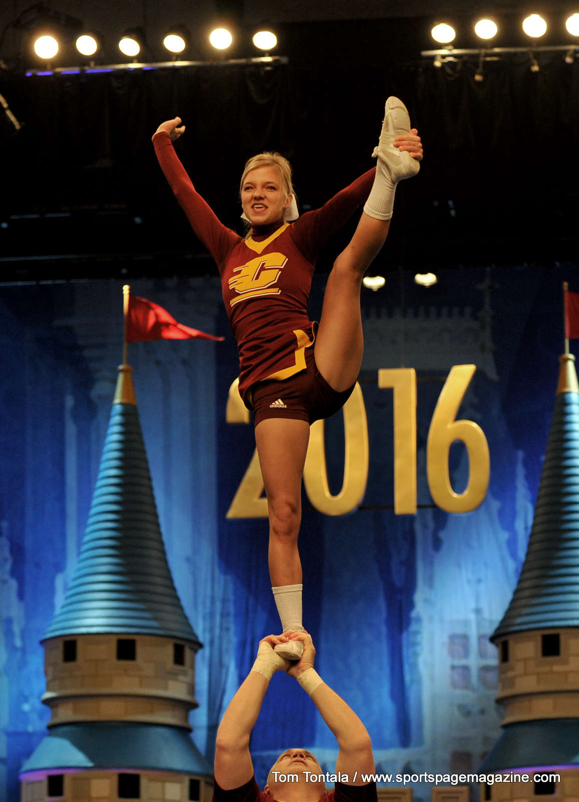 Gallery NCAA Cheerleading UCA College Championships Semi Finals Division 1 Division 2