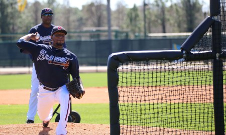 Julio_Teheran_throws_live_batting_practice_24983289810