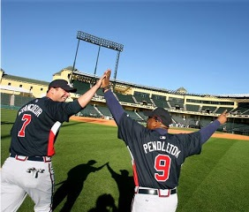 Frenchy-high-five-TP-ST-1